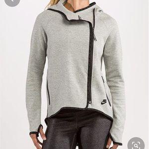 Nike Tech Women's Gray Cape Hoodie. Sz Medium